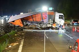 truck accident lawyers - personal injury attorneys